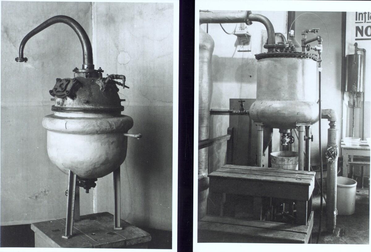 Photographs of insulin stills ca. 1923<br />