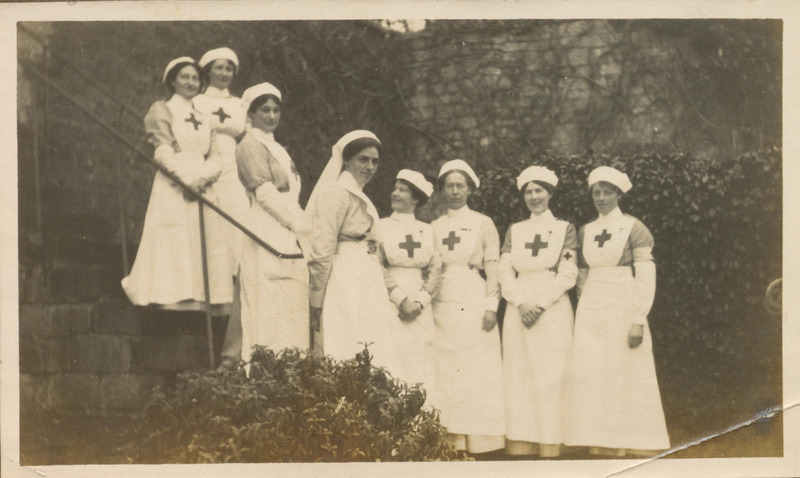 [Nurses of the No. 1 Red Cross Hospital in Bath]